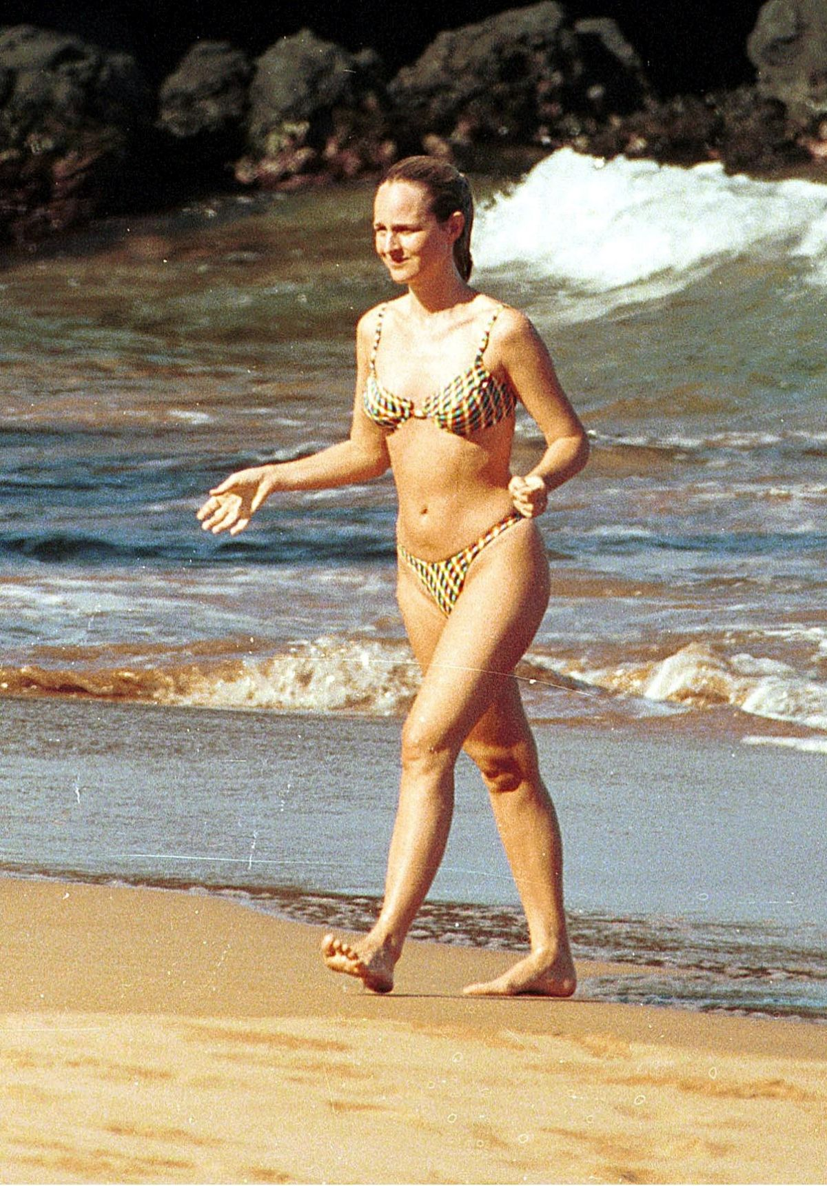 Helen Hunt On Hawaii , Hawaii Honeymoon and Venice Beach