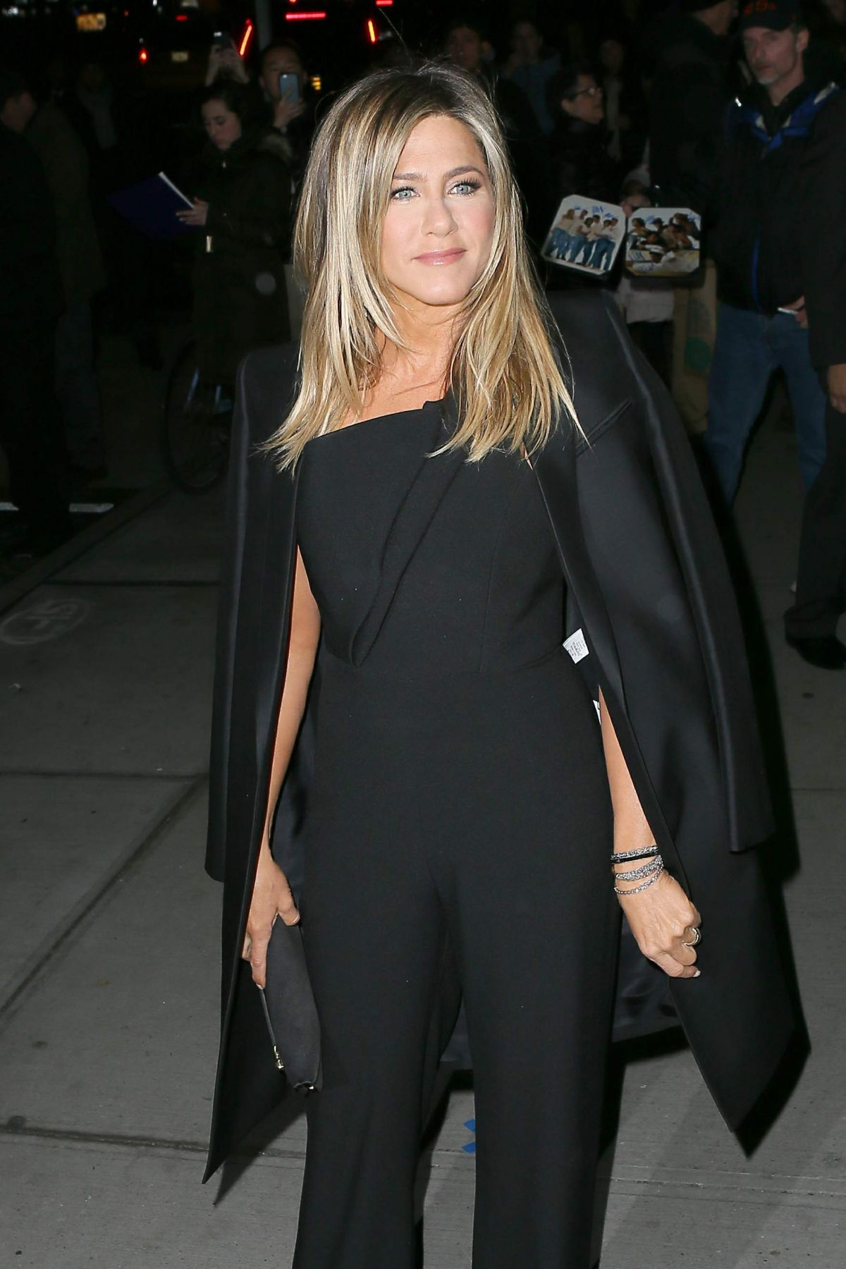 Jennifer Aniston Seen at 'Office Christmas Party' at Landmark Sunshine Cinema, NY   jennifer-aniston-seen-at-office-christmas-party-at-landmark-sunshine-cinema-ny_2