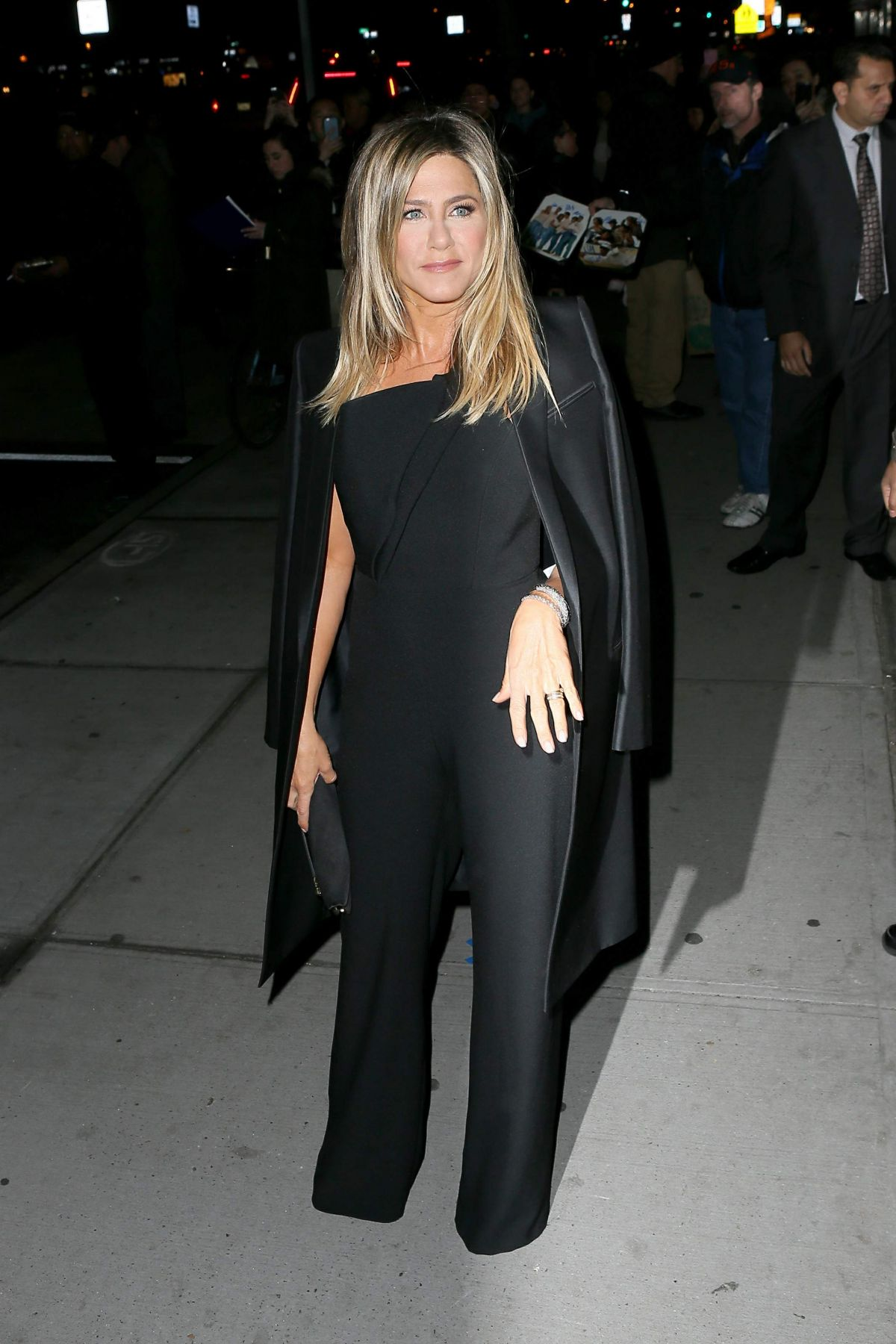 Jennifer Aniston Seen at 'Office Christmas Party' at Landmark Sunshine Cinema, NY   jennifer-aniston-seen-at-office-christmas-party-at-landmark-sunshine-cinema-ny_4