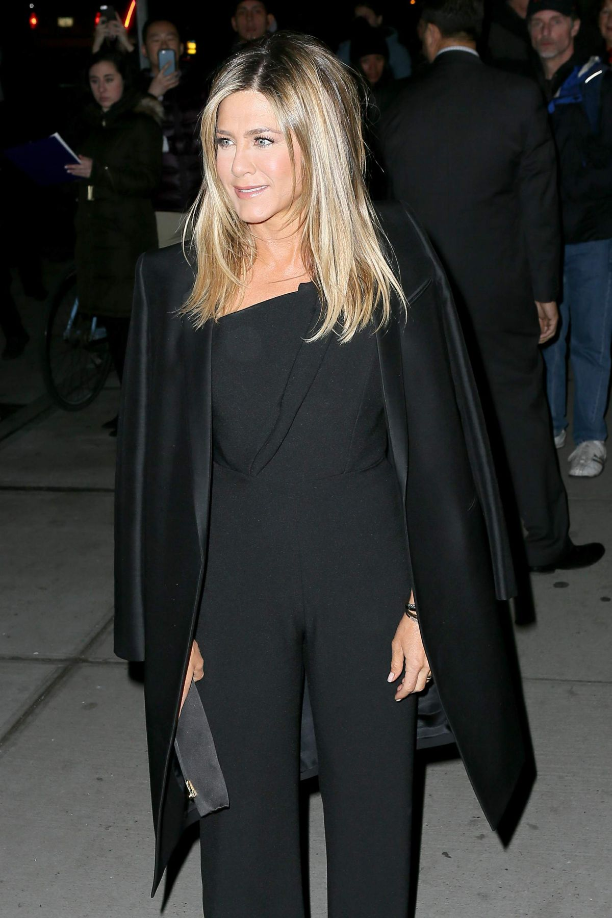 Jennifer Aniston Seen at 'Office Christmas Party' at Landmark Sunshine Cinema, NY   jennifer-aniston-seen-at-office-christmas-party-at-landmark-sunshine-cinema-ny_8
