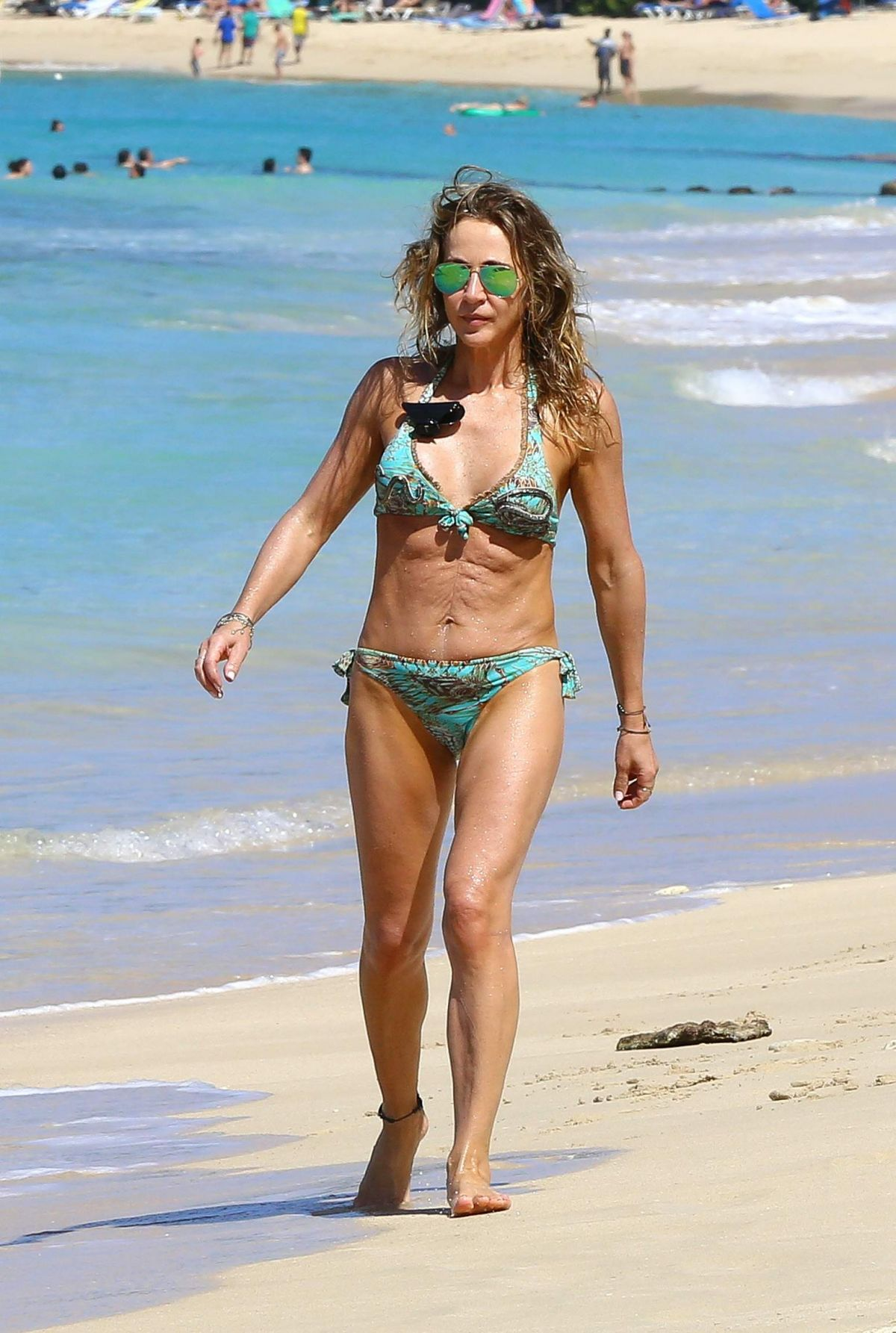 b55fe25372 Michelle Lineker In bikini on the beach in Barbados - Celebzz