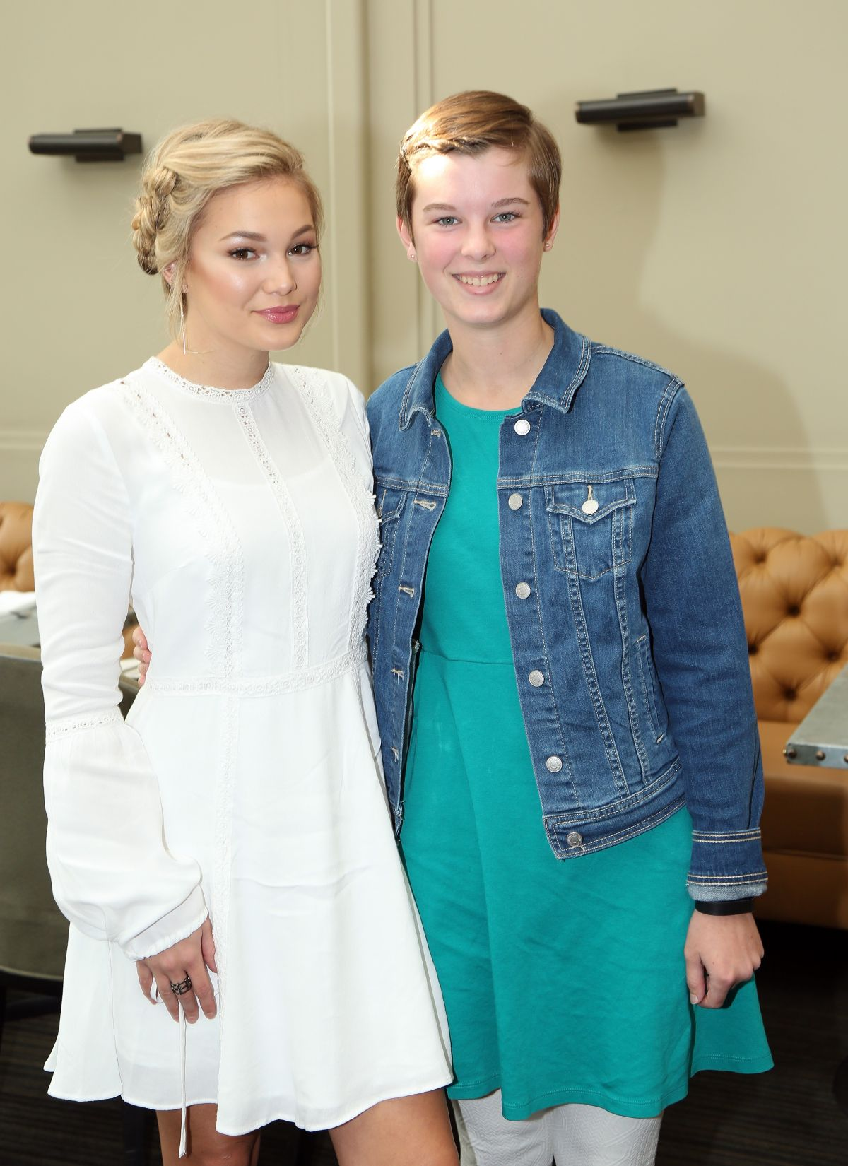 Olivia Holt At St. Jude Children's Research Hospital Luncheon in LA   olivia-holt-at-st.-jude-children-s-research-hospital-luncheon-in-la_5