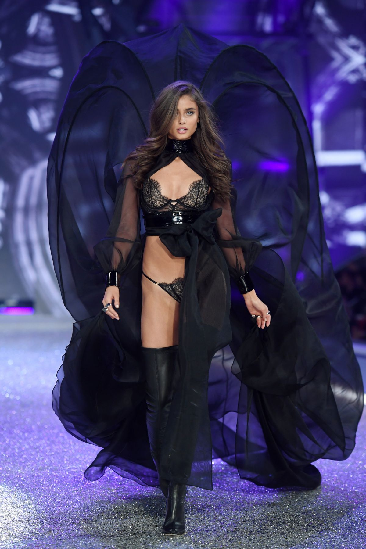 Taylor Marie Hill At Victoria