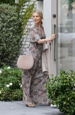 Ali Fedotowsky Seen heading to Neil Lane in Beverly Hills