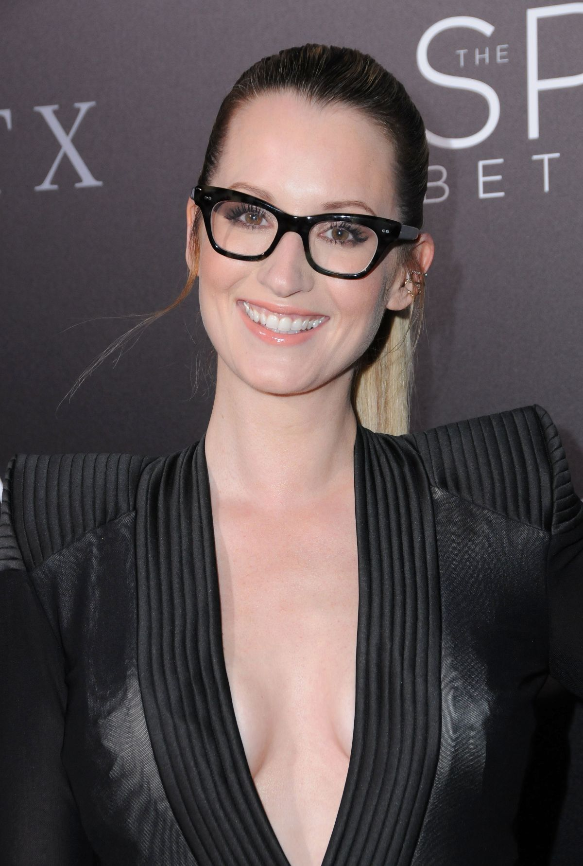 Ingrid Michaelson At The Space Between Us Premiere In Los Angeles Celebzz Celebzz