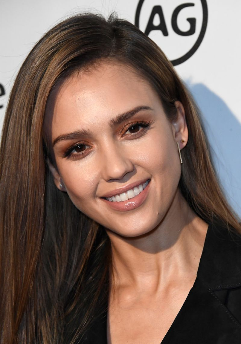 Jessica Alba At Marie Claire S Image Maker Awards 2017 In