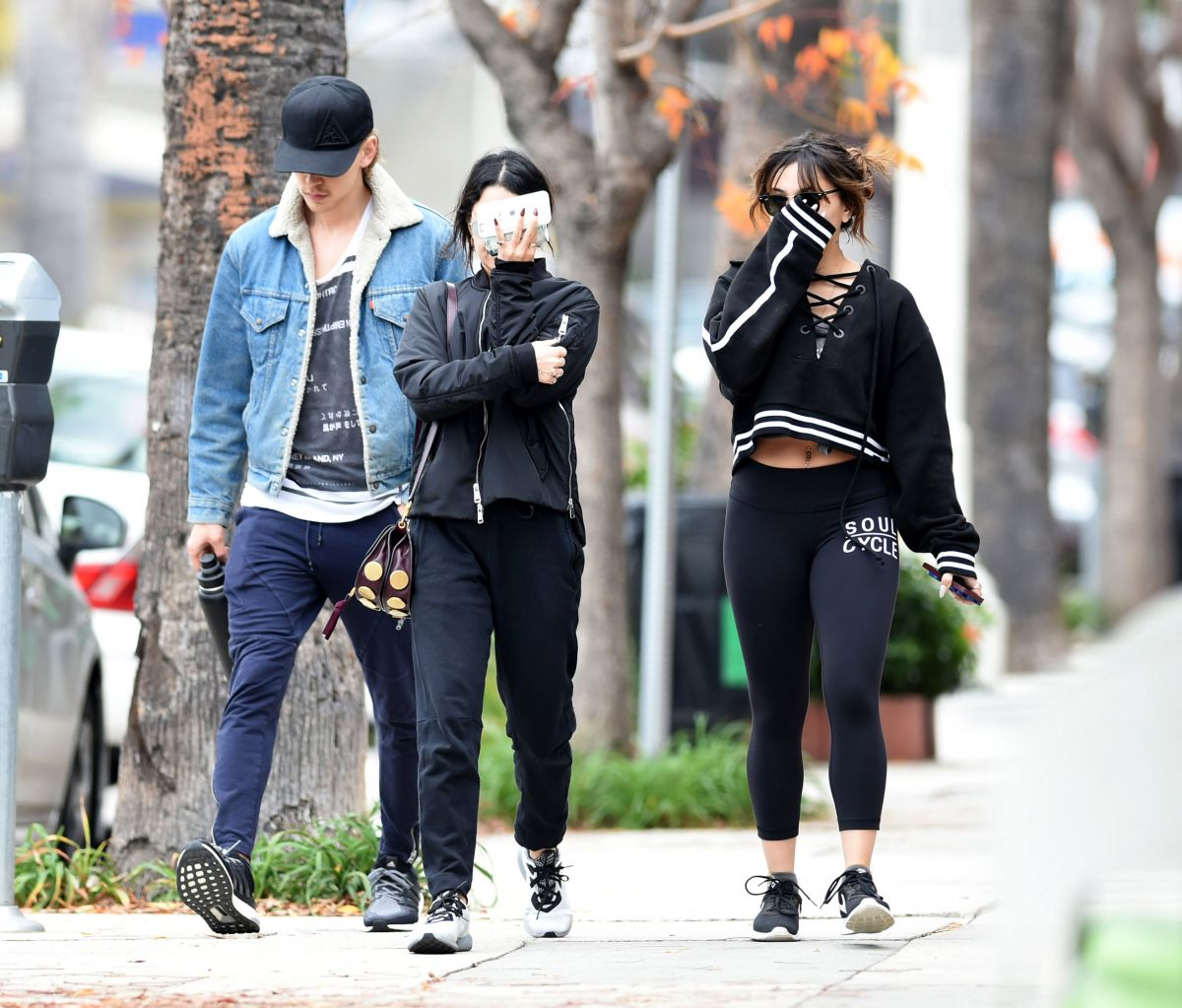 Vanessa & Stella Hudgens Go for a workout in Los Angeles ...