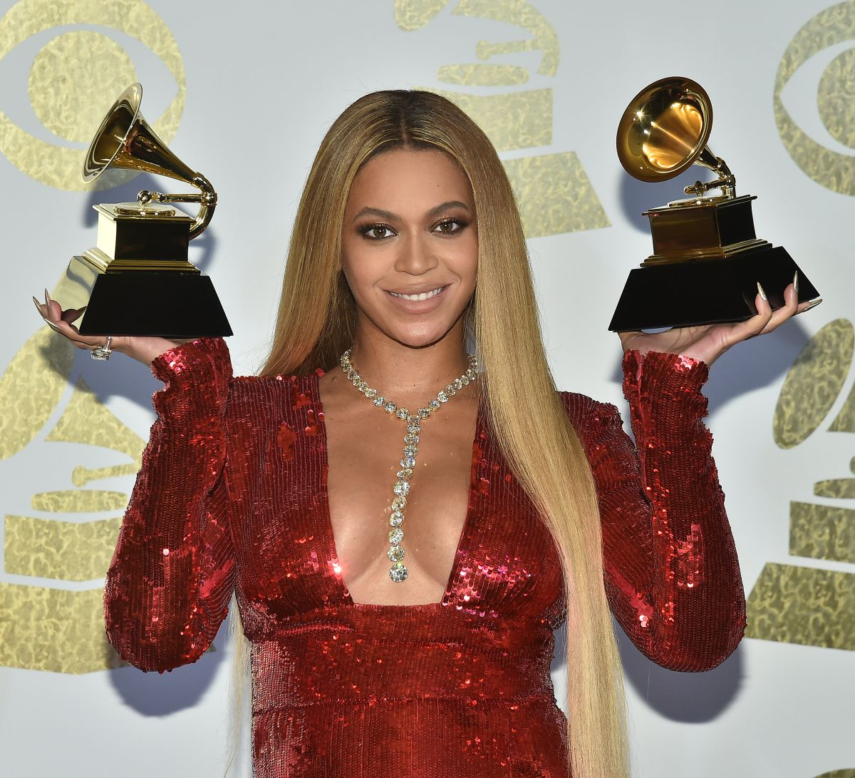 Beyonce At 59th Grammy Awards in Los Angeles - Celebzz Jennifer Aniston