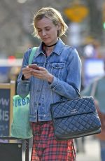 Diane Kruger Shopping on a nice day in New York