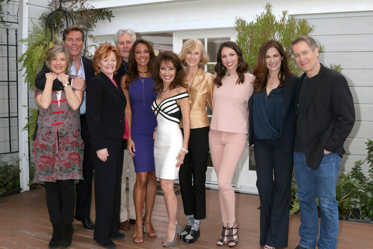 Eva LaRue At 'All My Children' reunion, Los Angeles   eva-larue-at-all-my-children-reunion-los-angeles_12