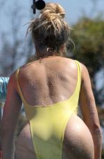 Khloe Kardashian In Swimsuit vacation pics in Costa Rica