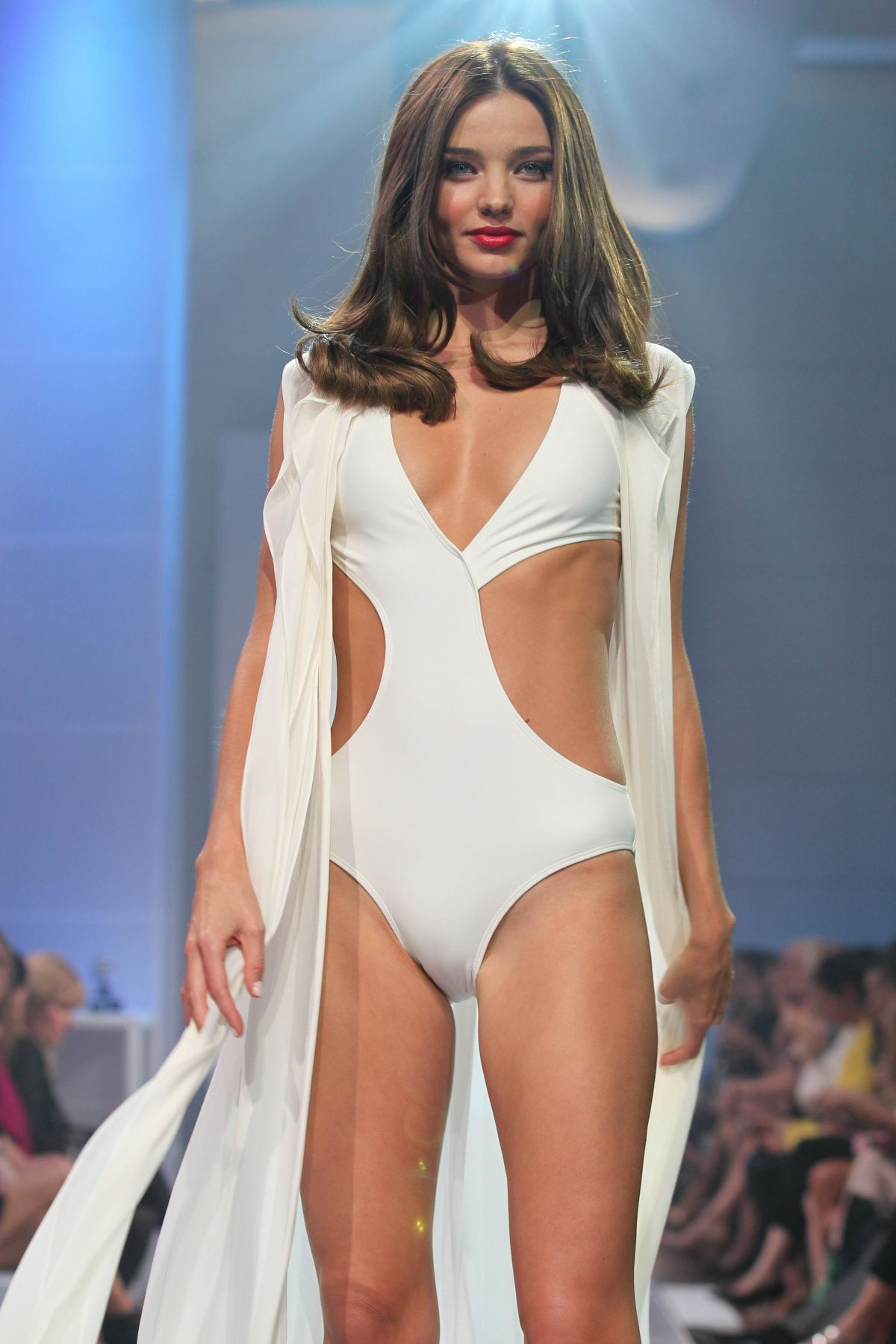 9889bed798d02 Miranda Kerr On the runway at the David Jones Spring Summer 2012-13 Collection  Launch
