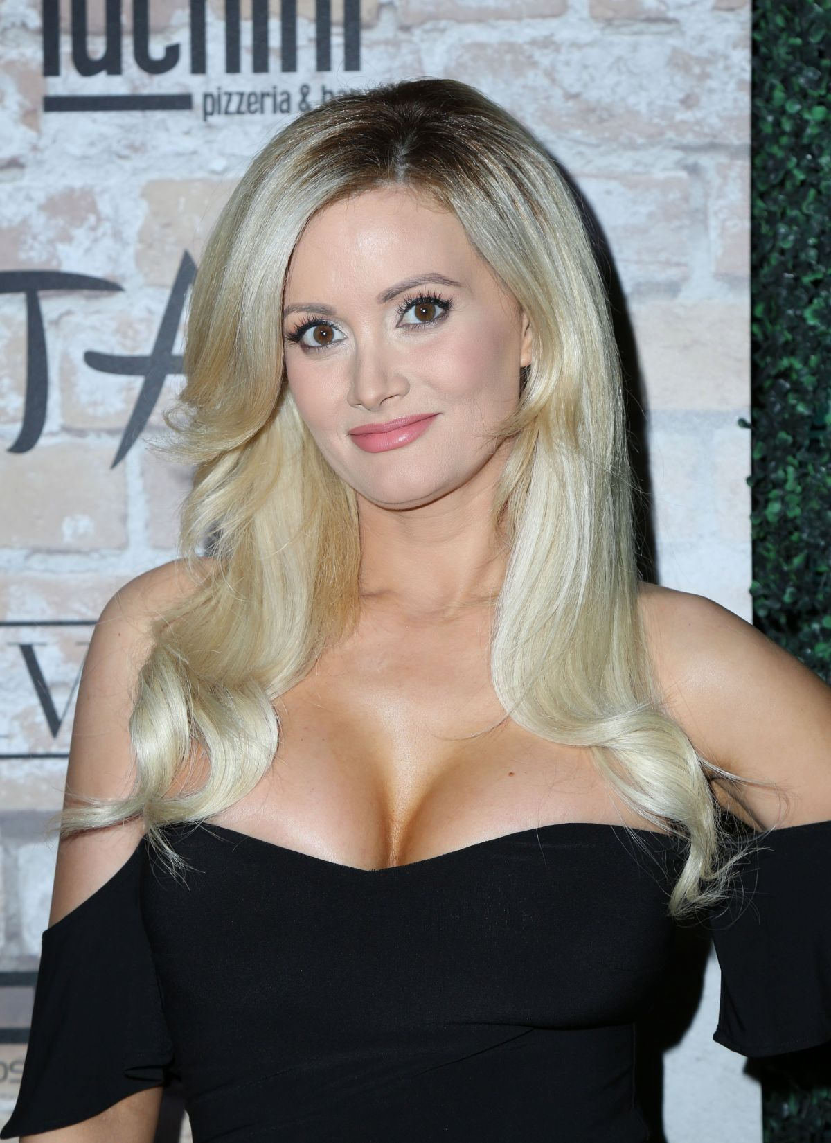 Holly Madison At Tao Group Grand Opening Block Party - Hollywood