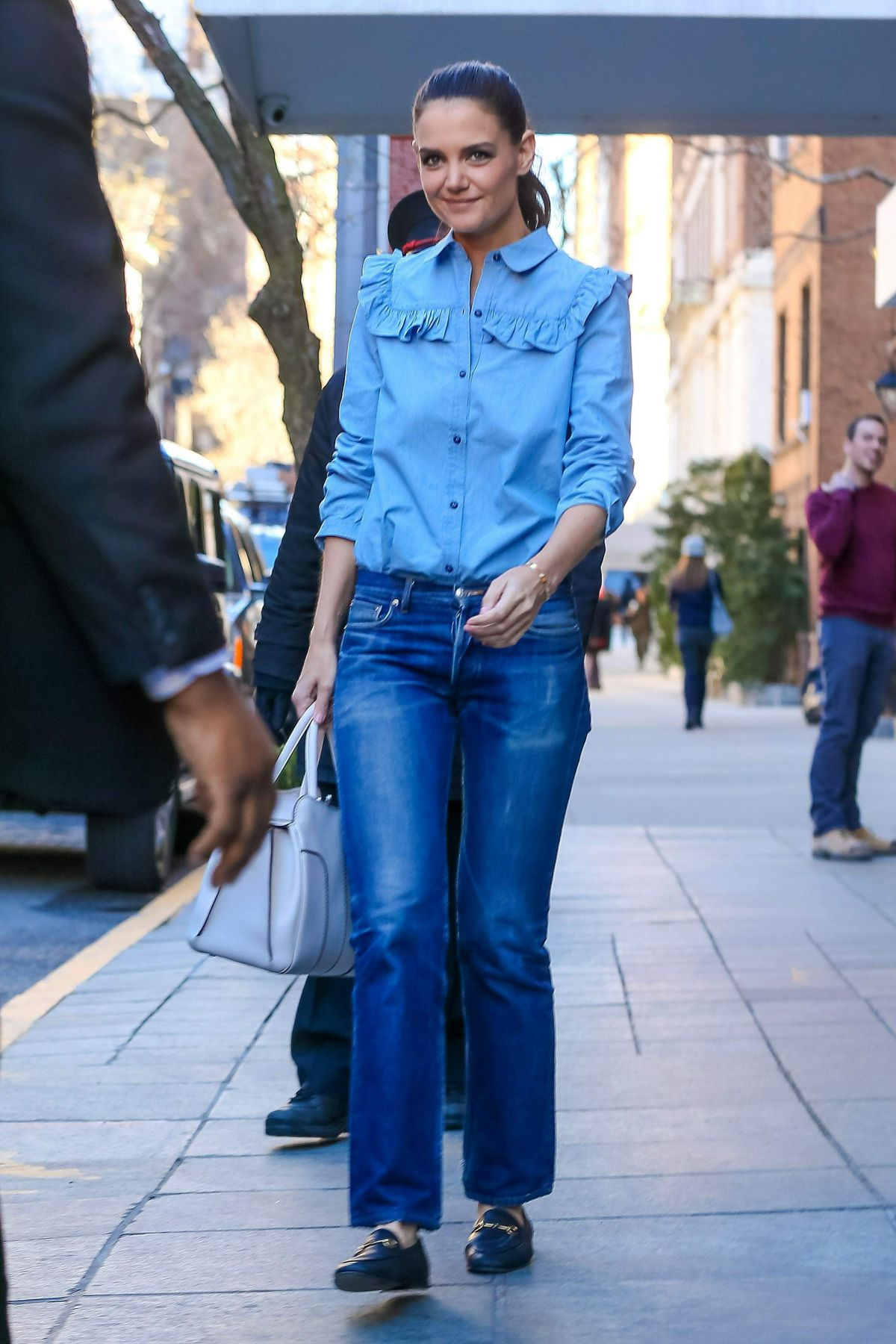 Katie Holmes On the st...