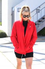 Charlotte McKinney Seen with older sister Garland and baby niece in West Hollywood