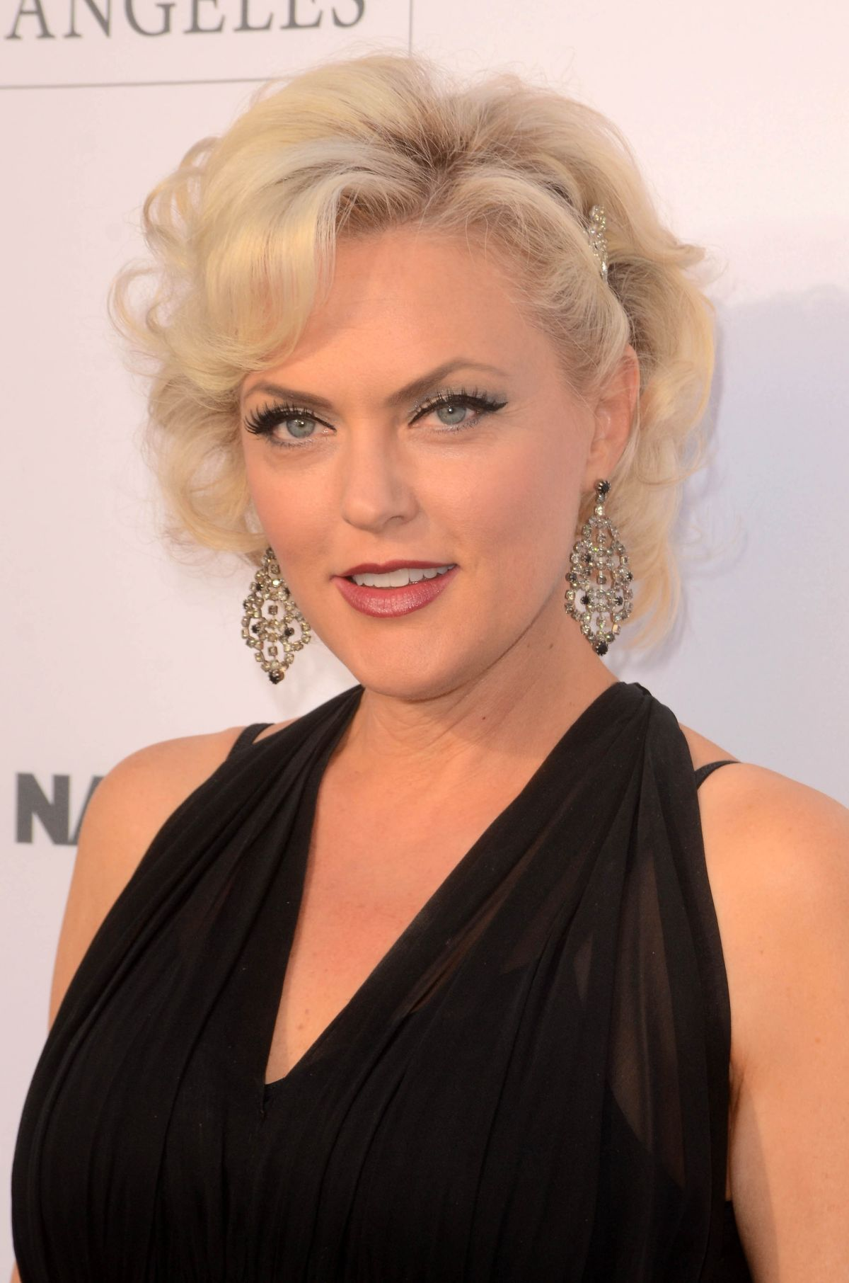 Elaine Hendrix At To the Rescue! Fundraising Gala in Los Angeles