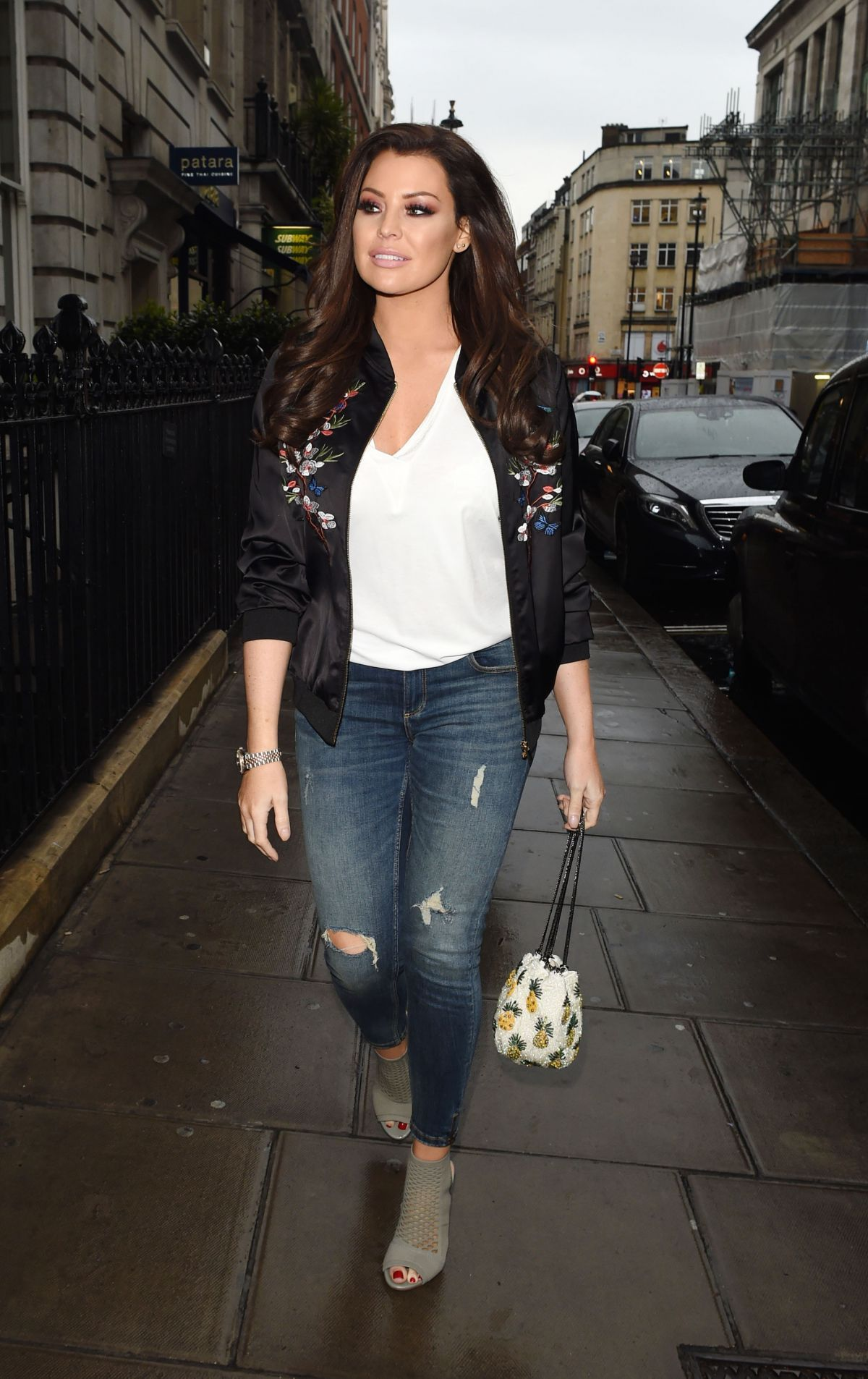 "Jessica ""Jess"" Wright Out for Dinner in London"