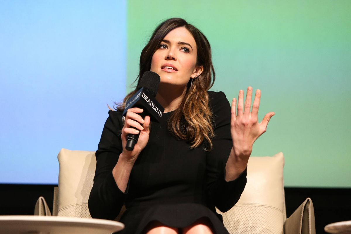 Mandy Moore At The Contenders Emmys, presented by Deadline in LA   mandy-moore-at-the-contenders-emmys-presented-by-deadline-in-la_4
