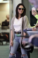 Olivia Munn Arriving at Vancouver International Airport In Vancouver