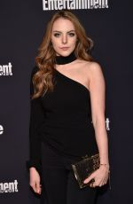 Elizabeth Gillies At Entertainment Weekly and PEOPLE Upfronts Party in NYC