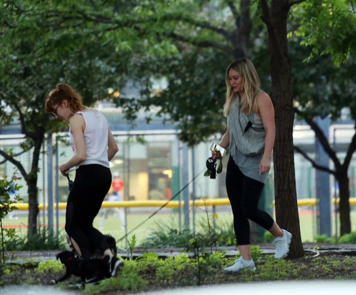 Hilary Duff Walking Her Dog At Battery Park In Nyc