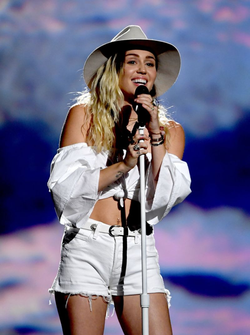 Miley Cyrus At 2017 Billboard Music Awards in Las Vegas ...