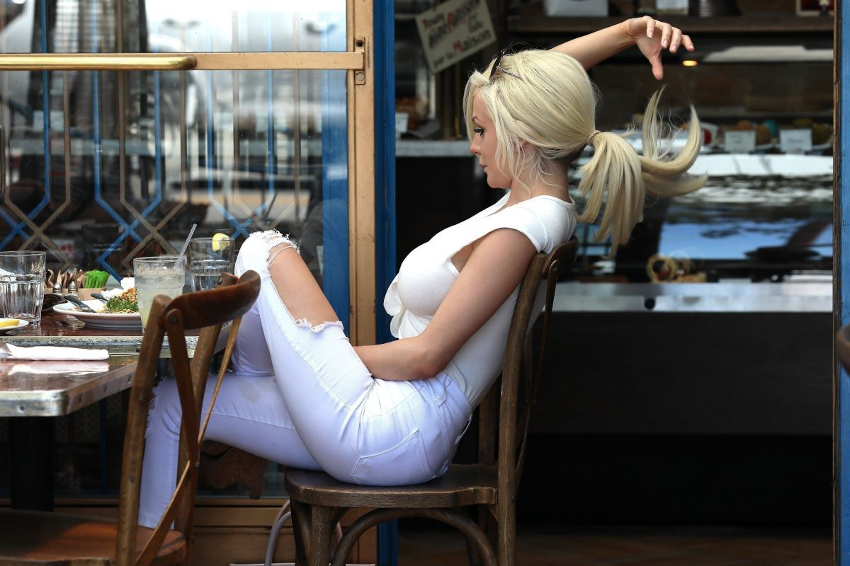west hollywood dating site Through telescopes, explore exhibits, see live shows in the samuel oschin  planetarium, and enjoy spectacular views of los angeles and the hollywood  sign.