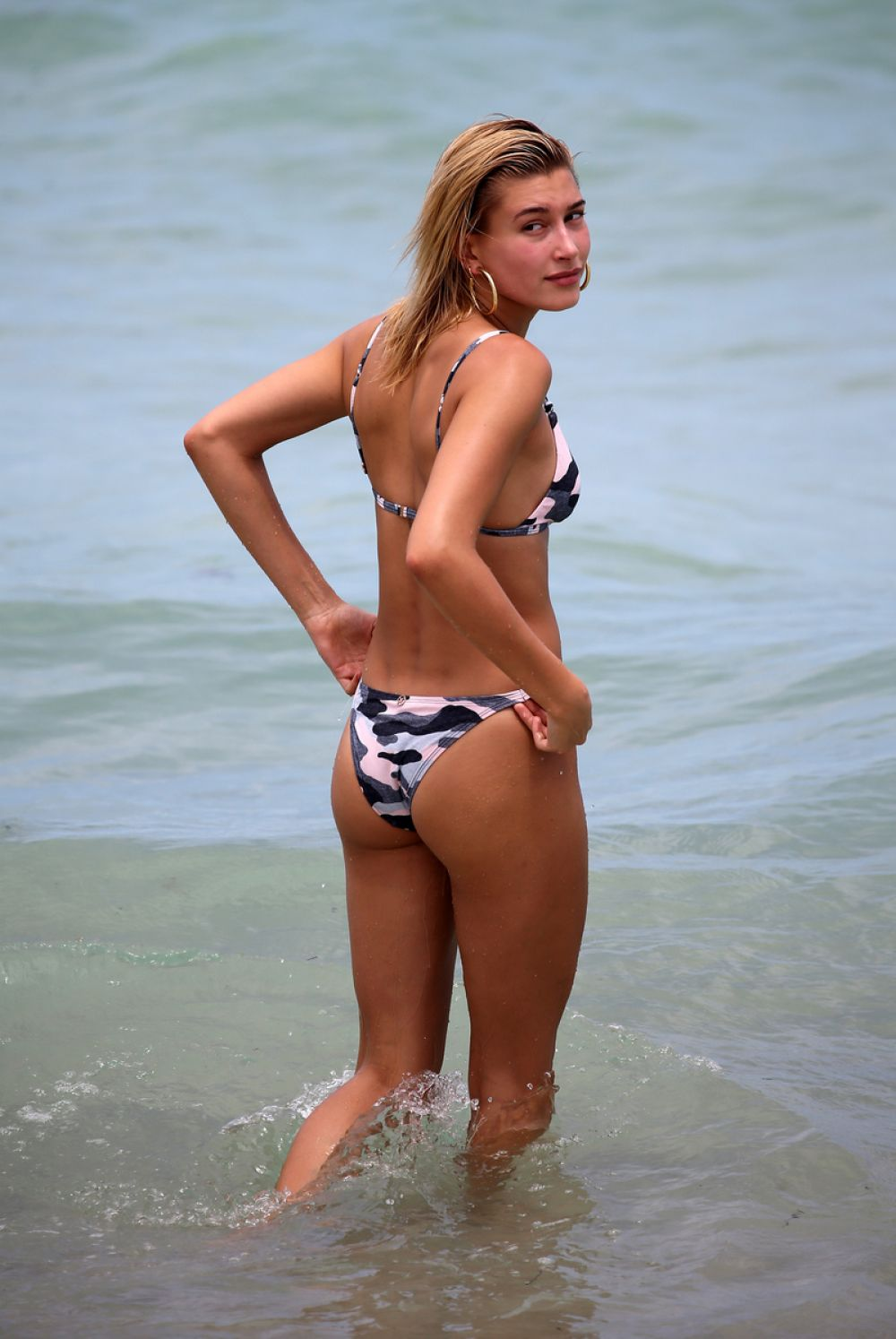 hailey baldwin - photo #46