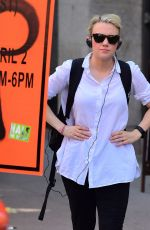 Kate McKinnon Out in New York