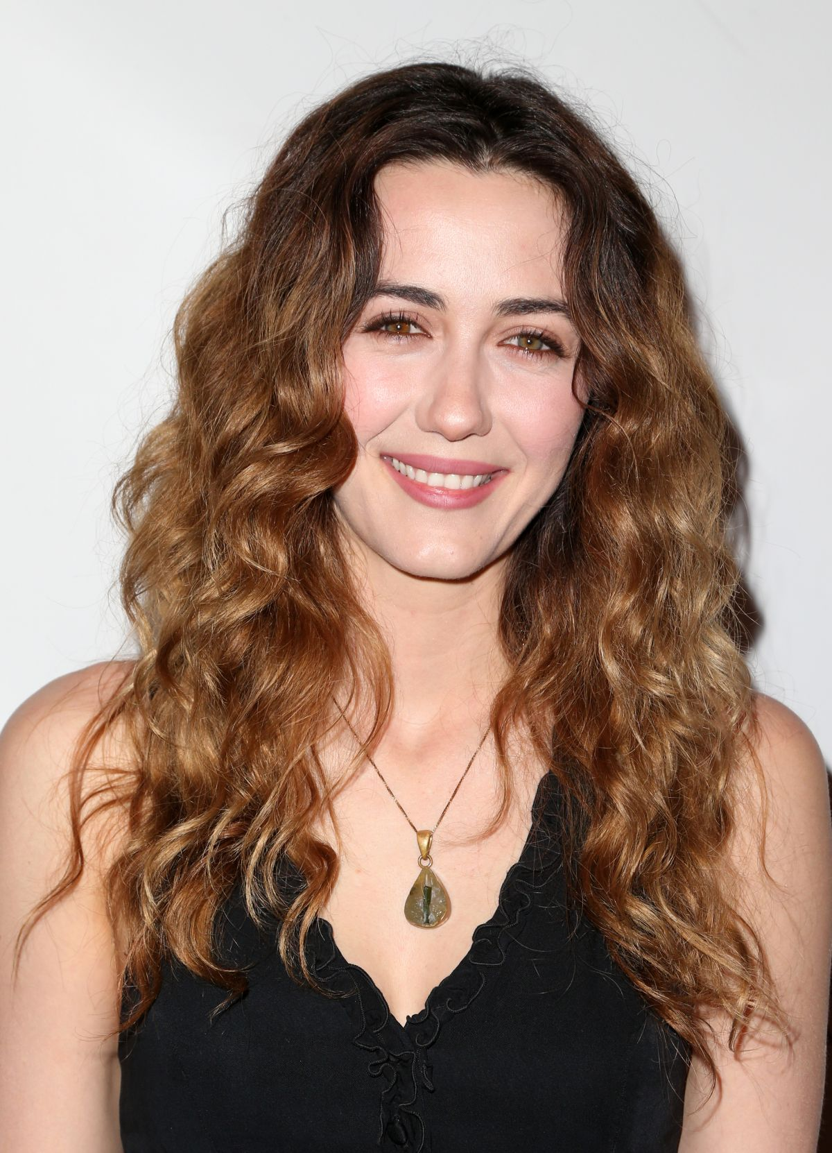 Madeline Zima At The Care Concert in LA - Celebzz - Celebzz