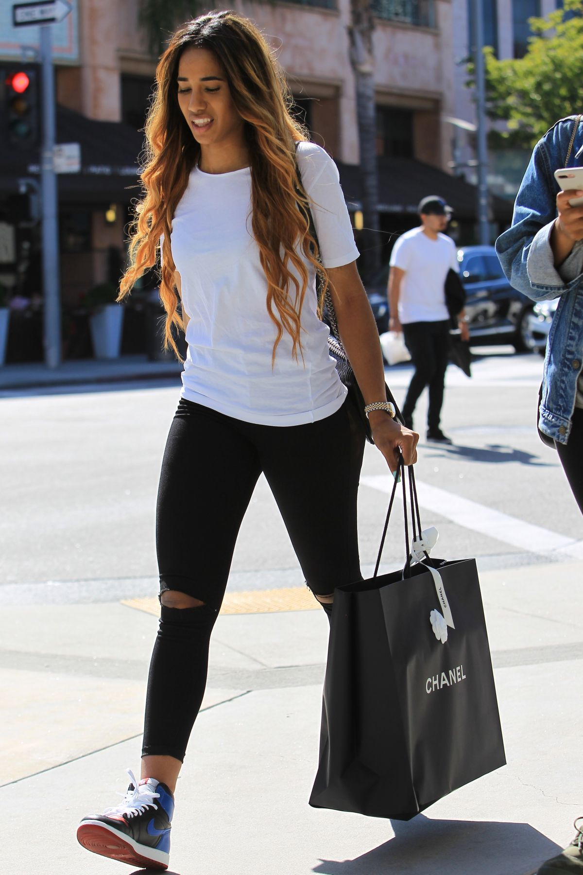 Niki Withers Out for shopping in Beverly Hills