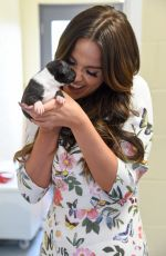 Vicky Pattison Visits the Dogs Trust in Basildon