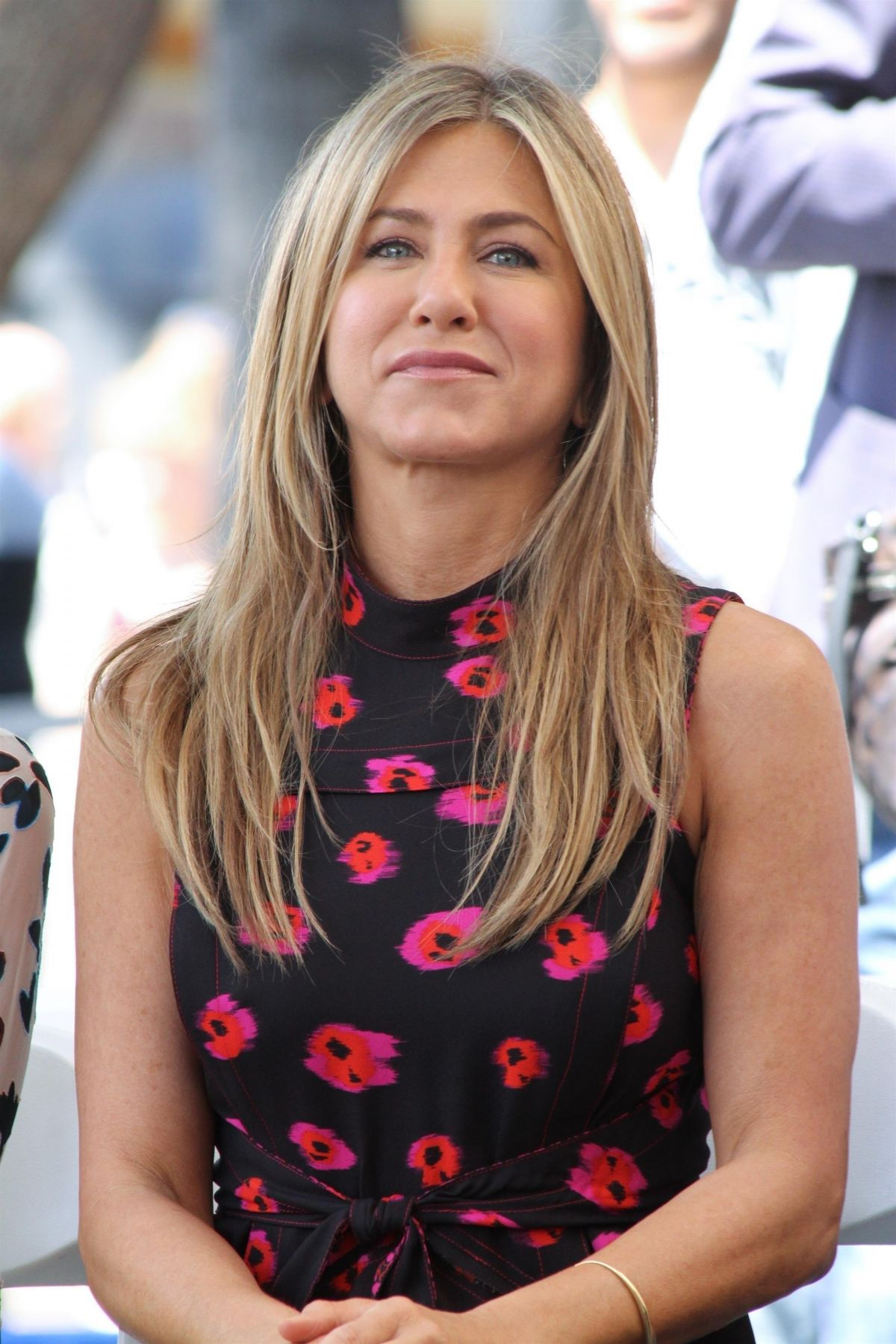 Jennifer Aniston At Jason Bateman's Hollywood Star Ceremony in Hollywood   jennifer-aniston-at-jason-bateman-s-hollywood-star-ceremony-in-hollywood_2