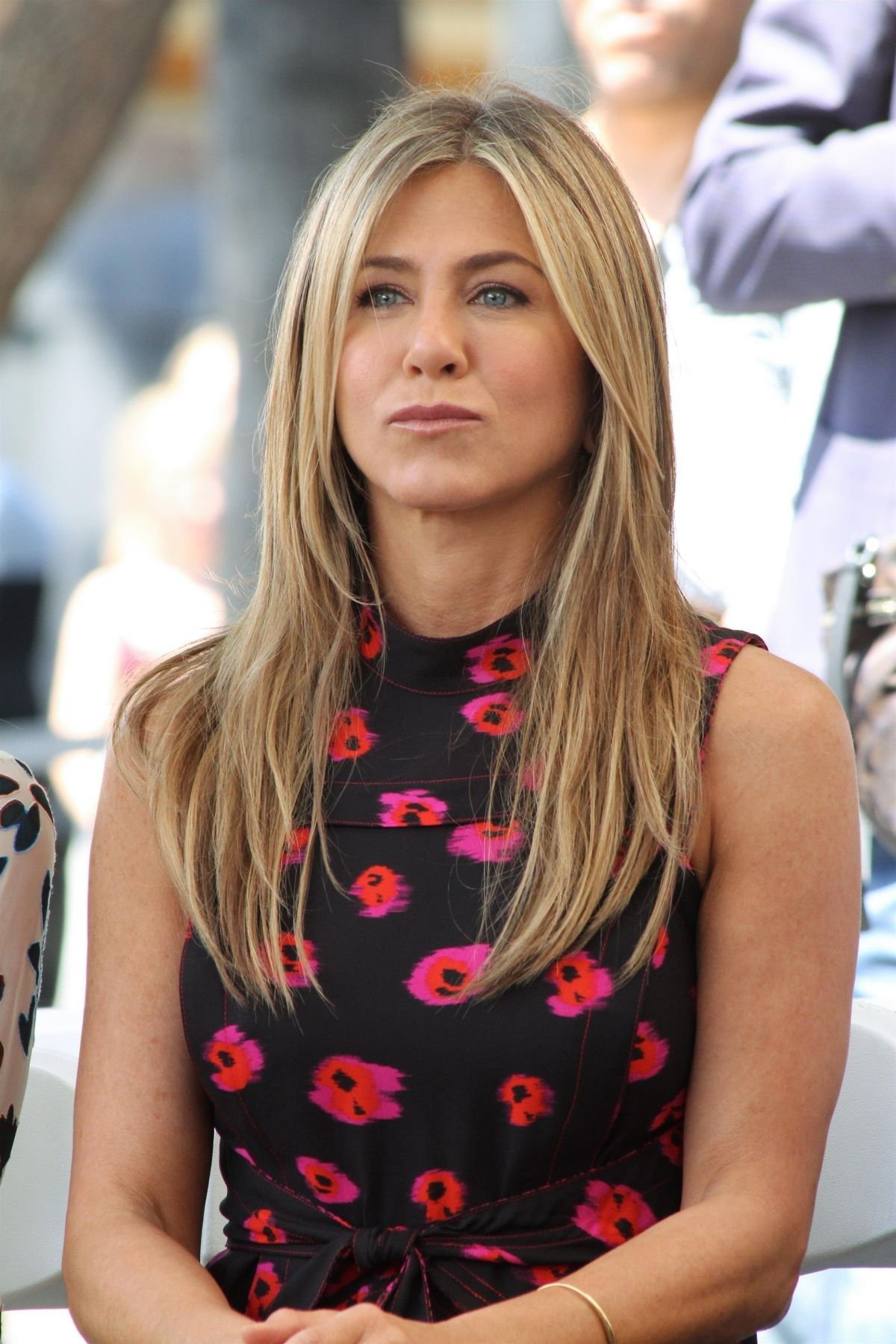 Jennifer Aniston At Jason Bateman's Hollywood Star Ceremony in Hollywood   jennifer-aniston-at-jason-bateman-s-hollywood-star-ceremony-in-hollywood_6