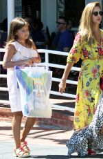 Jessica Alba Shopping in West Hollywood