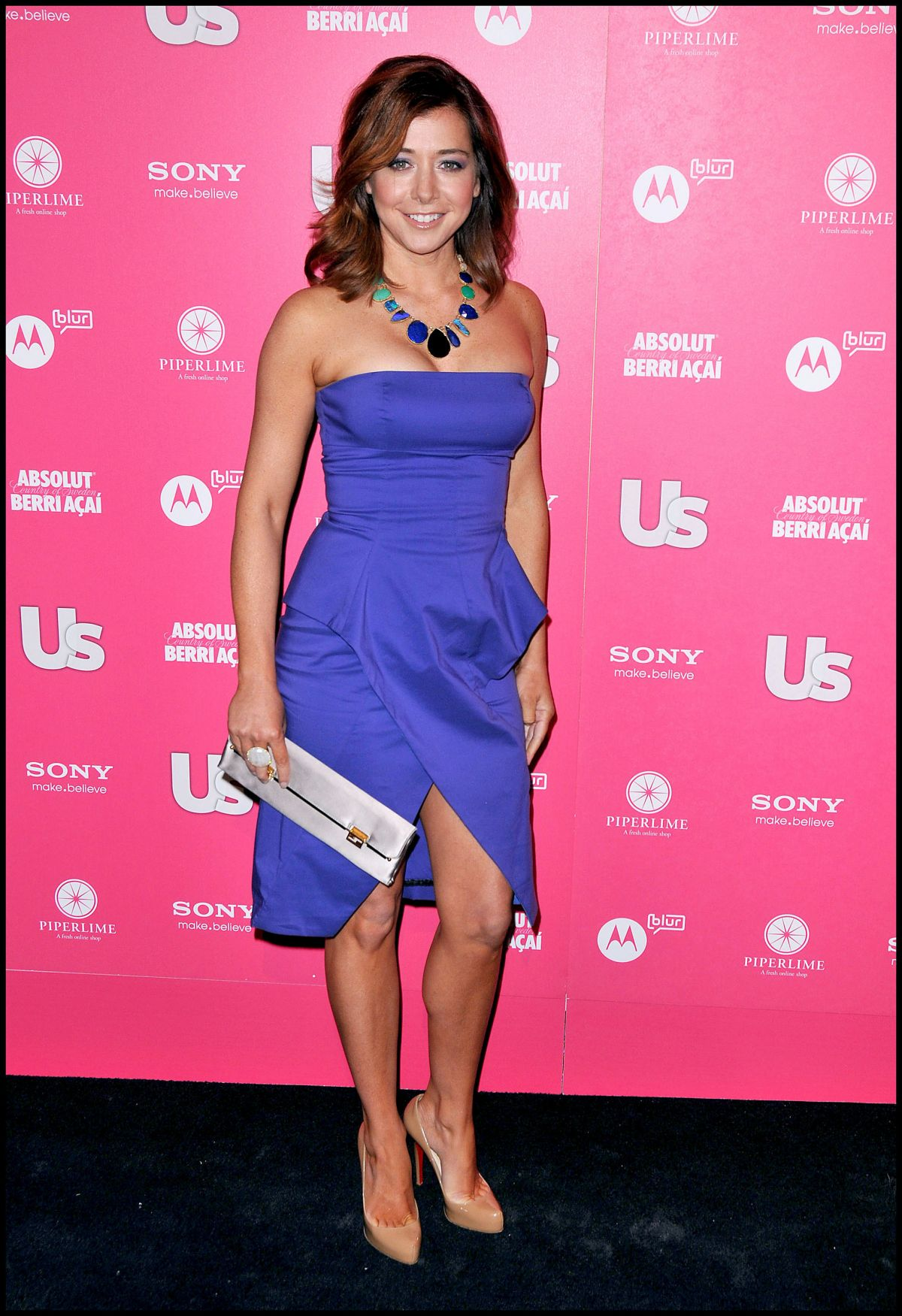 Alyson Hannigan At Us Weekly S Hot Hollywood Style Issue