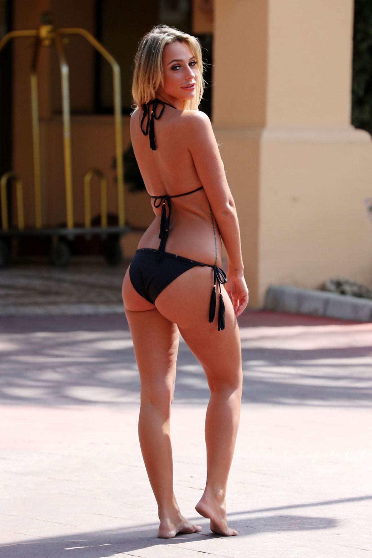 """Amber Dowding At """"The Only Way is Essex"""" Cast in Marbella   amber-dowding-at-the-only-way-is-essex-cast-in-marbella_6"""