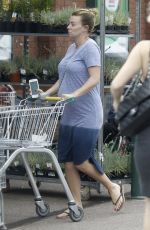 Billi Mucklow Leaves her yoga class before shopping at Morrisons in Loughton