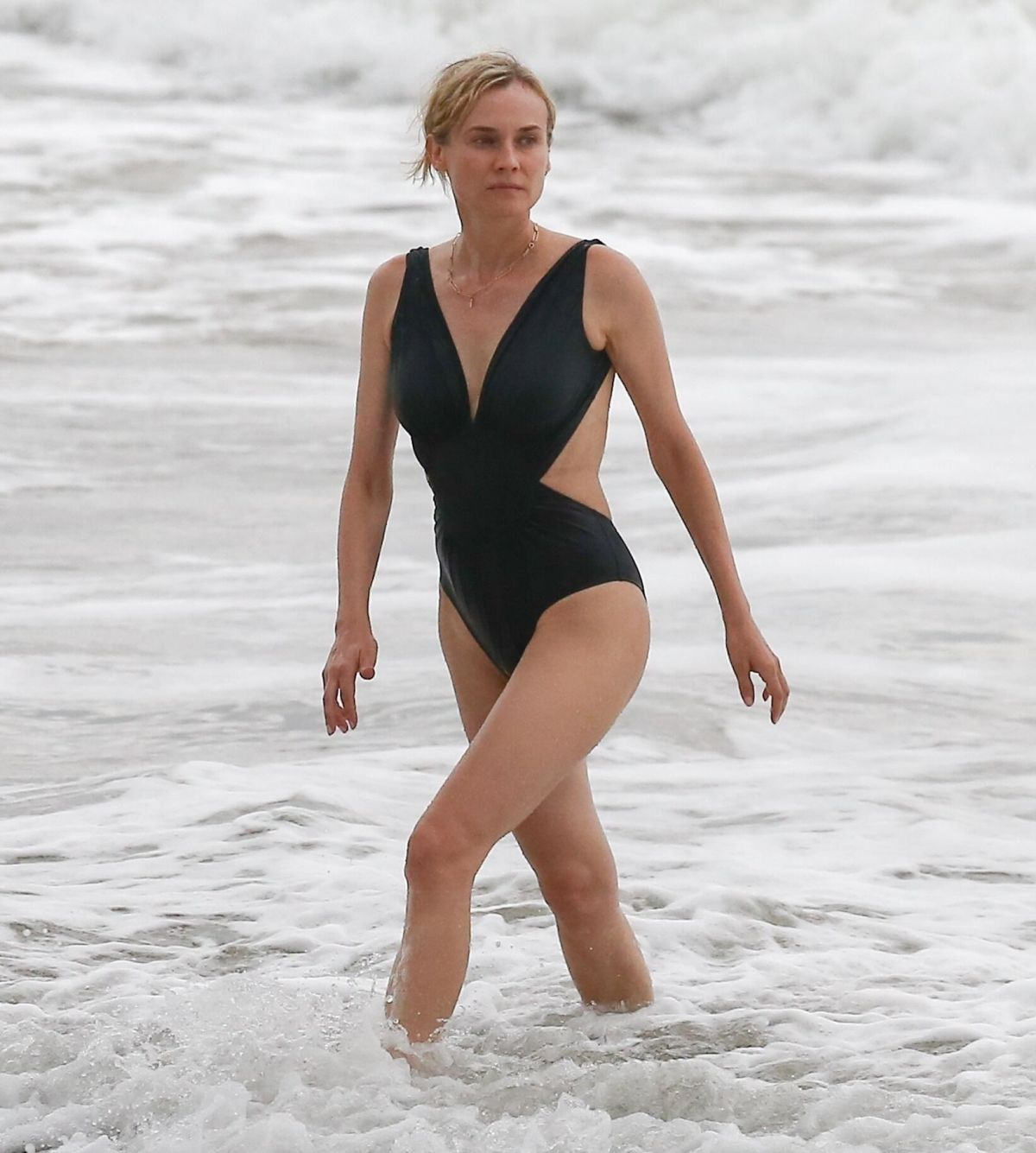 Diane Kruger On the beach in Costa Rica
