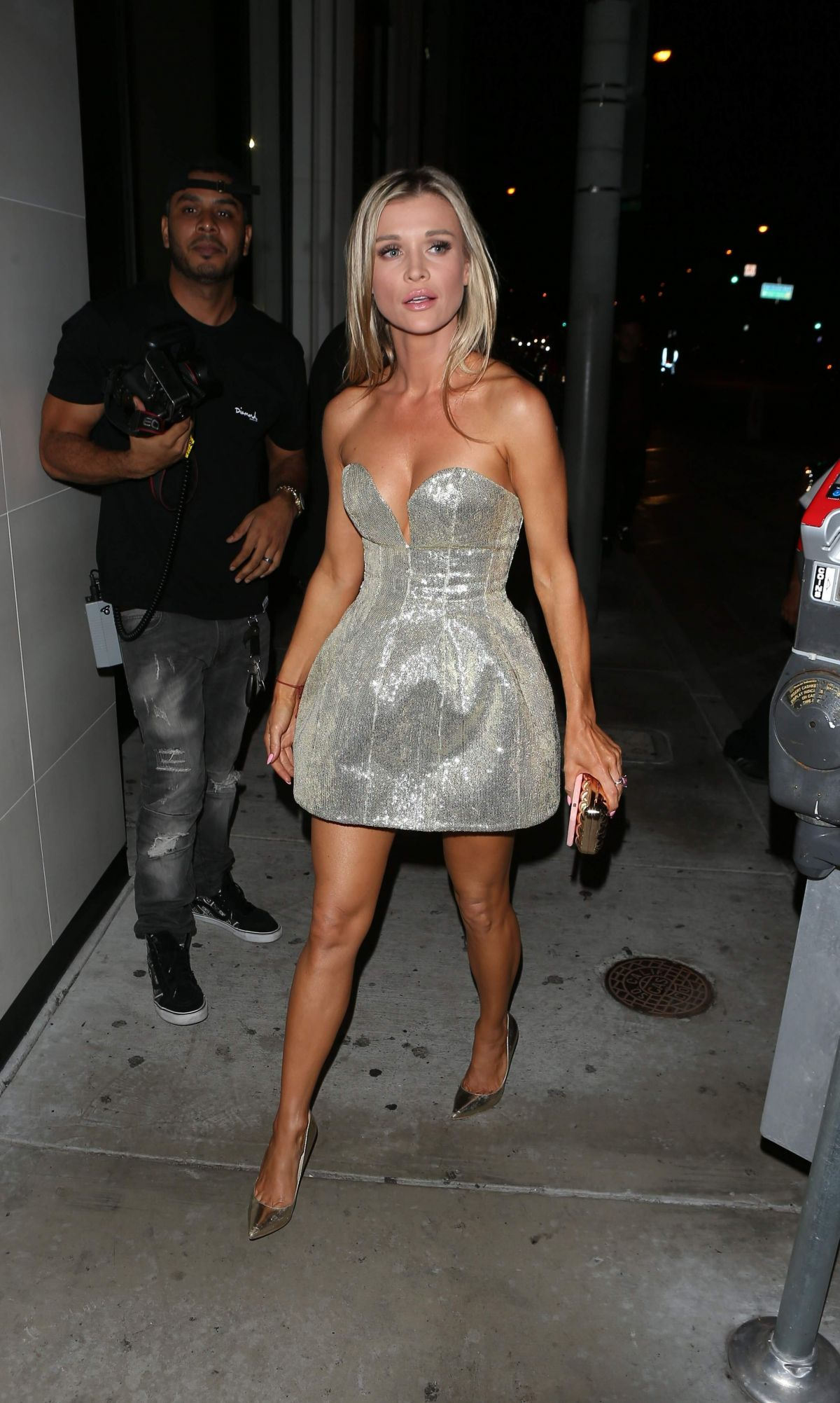 Joanna Krupa Arriving at Catch in West Hollywood