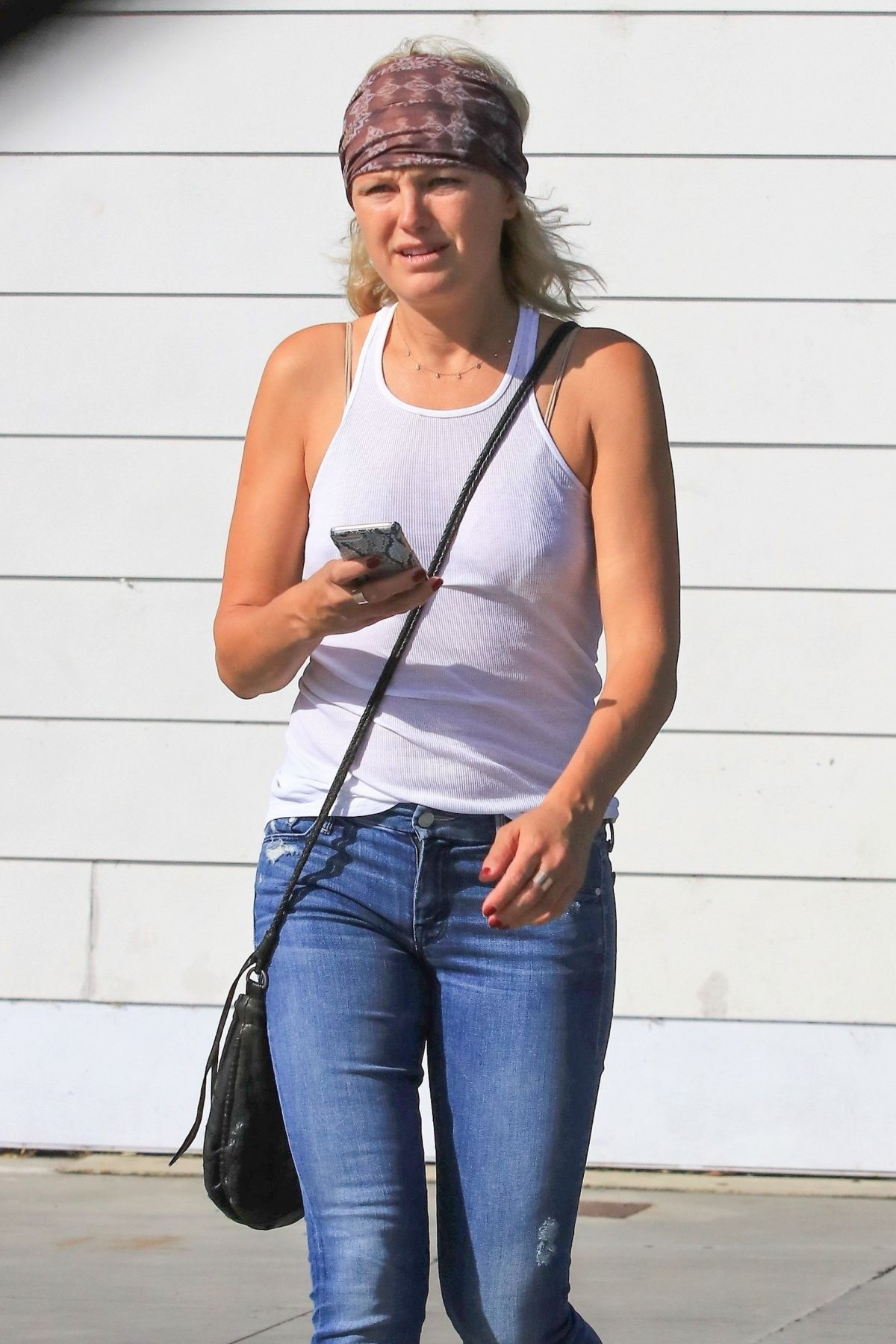 Malin Akerman Out in Los Feliz   malin-akerman-out-in-los-feliz_5