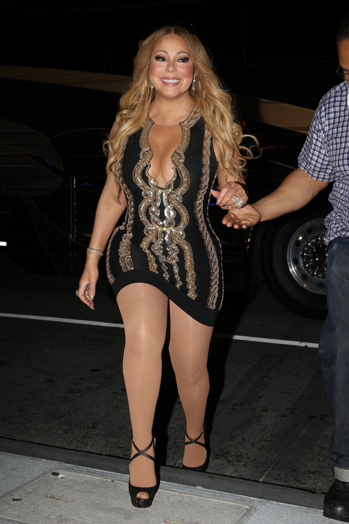 Mariah Carey Out and about in Boston - Celebzz