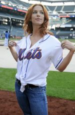 Poppy Montgomery At Citi Field to watch a New York Mets game