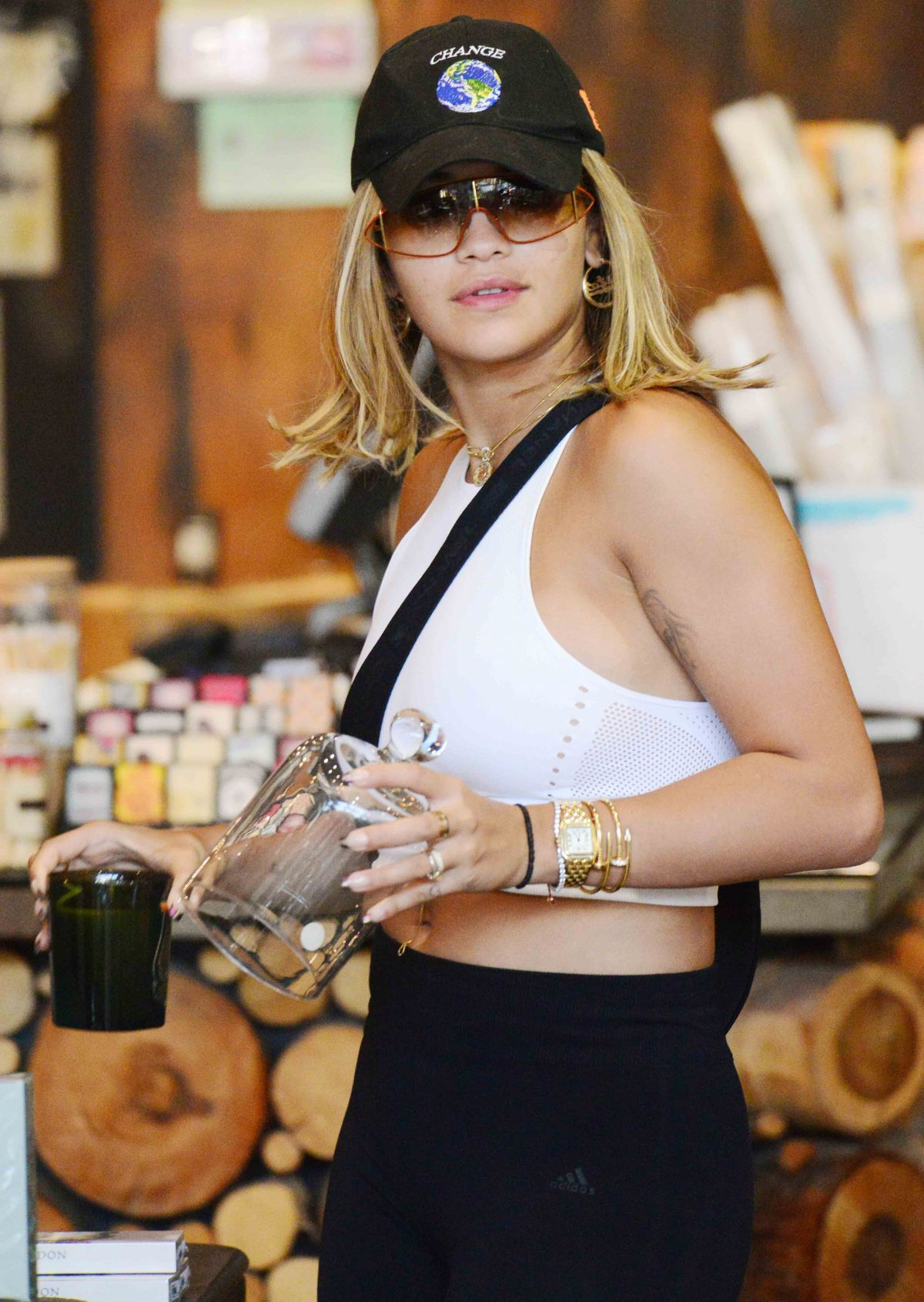 Rita Ora Shopping in West Hollywood   rita-ora-shopping-in-west-hollywood_17