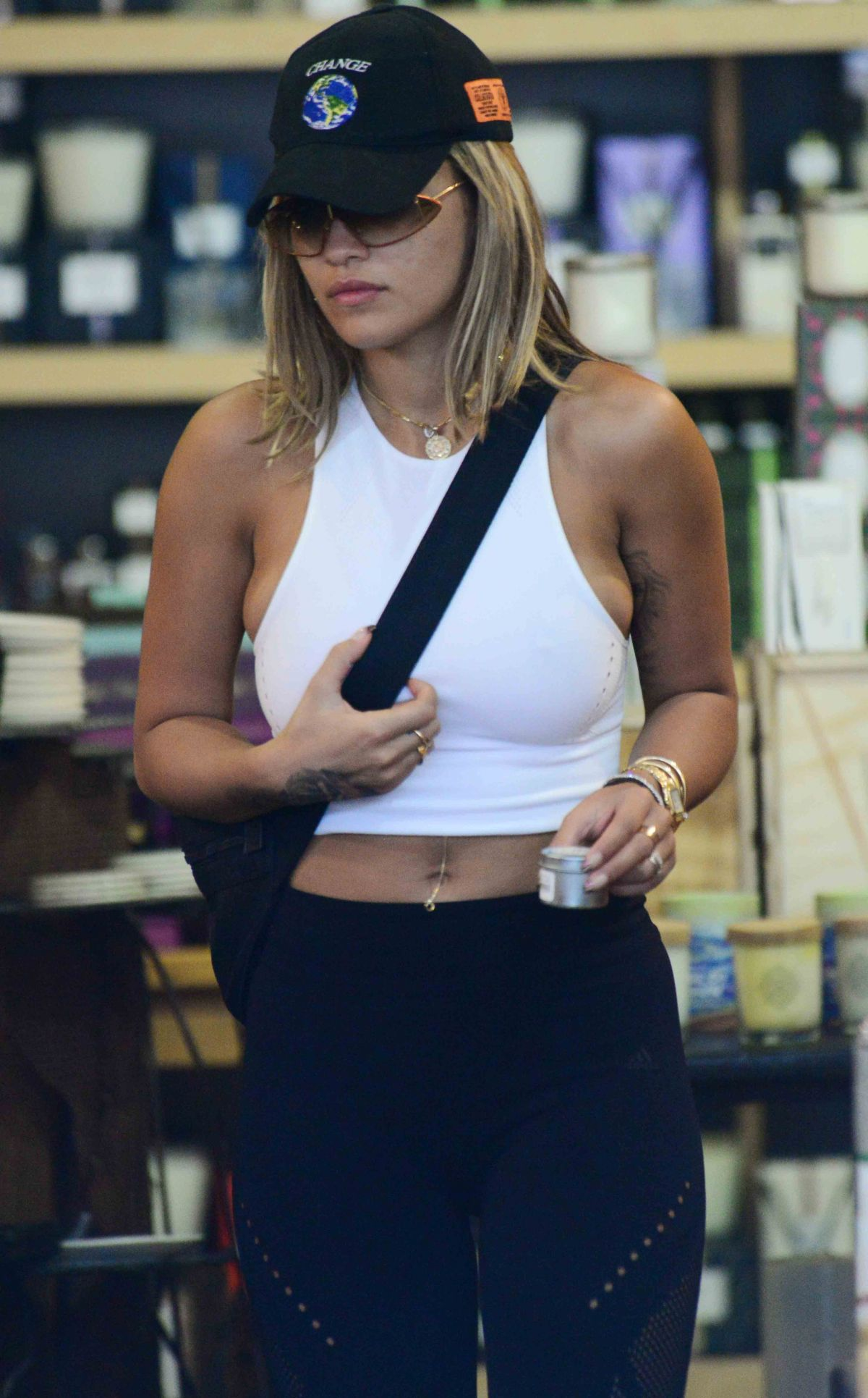 Rita Ora Shopping in West Hollywood   rita-ora-shopping-in-west-hollywood_18