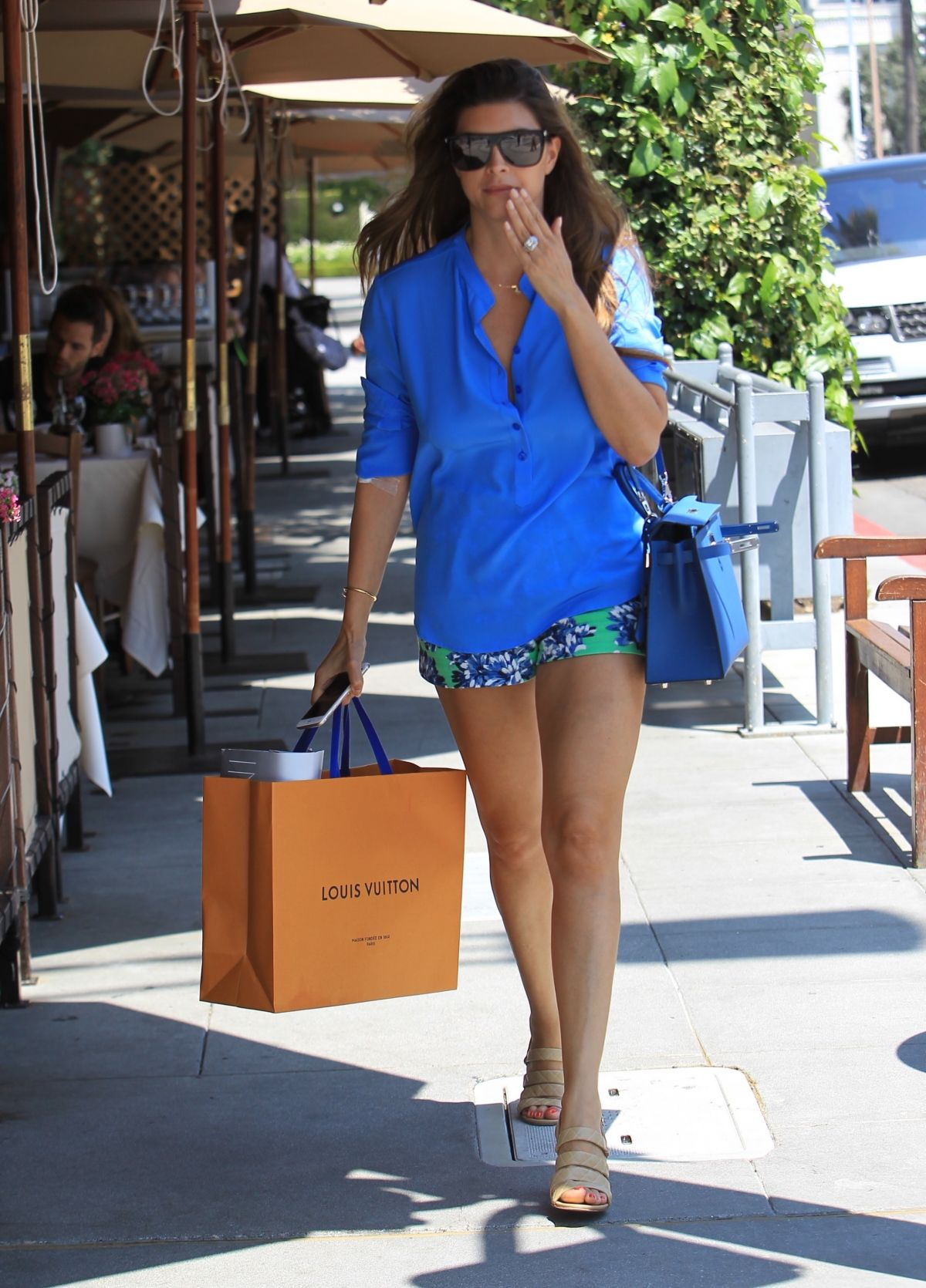 Shiva Safai Shows off her legs while shopping in Beverly Hills