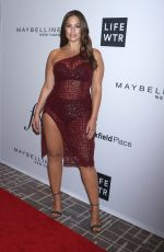 Ashley Graham At Daily Front Row Fashion Awards at New York Fashion Week