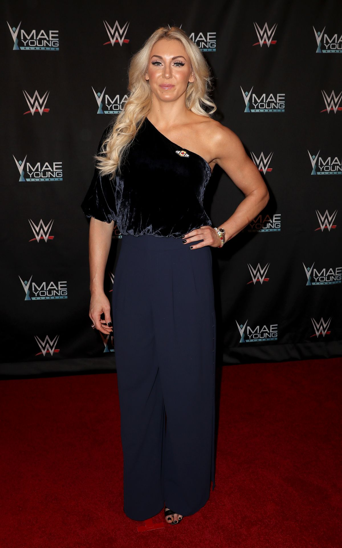 charlotte flair at wwe presents mae young classic finale las
