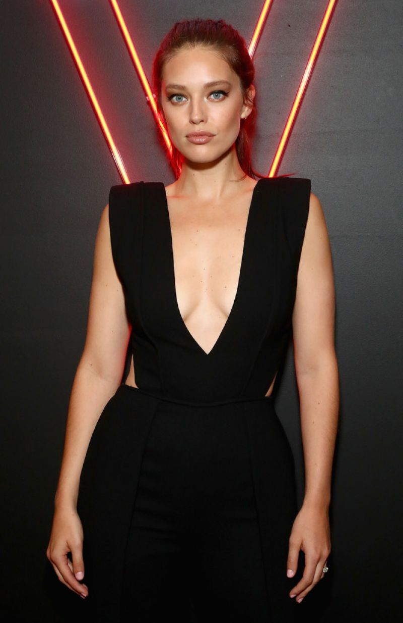 Emily DiDonato At An Evening at the Maybelline Mansion ...