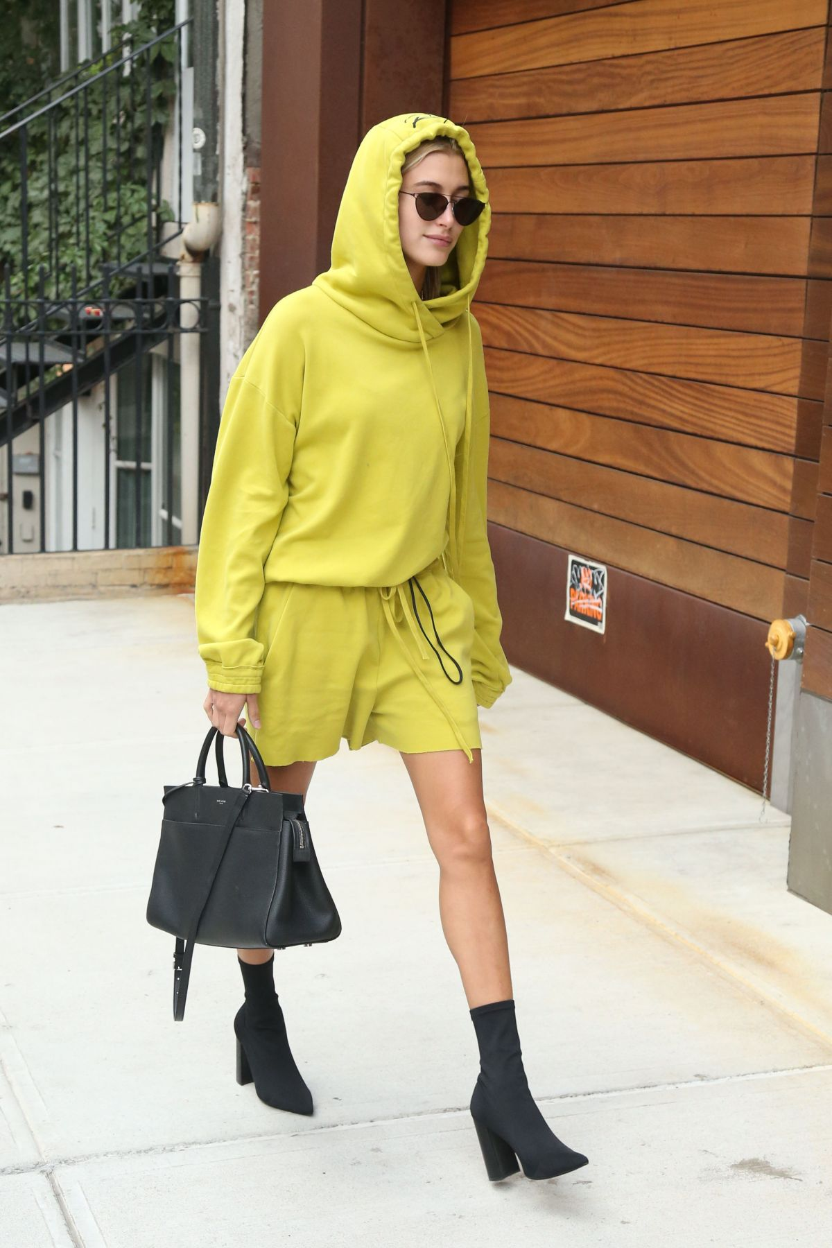 Hailey Baldwin Walking out and about in New York City